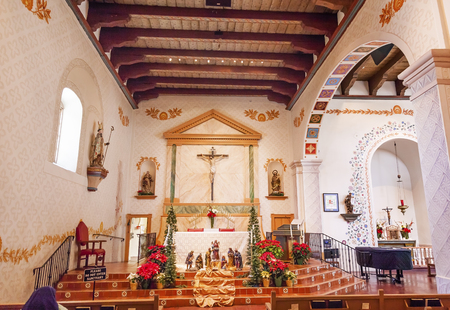 luis: Mission San Luis Obispo de Tolosa, Basilica, Altar, Cross San Luis Obispo California.  Editorial
