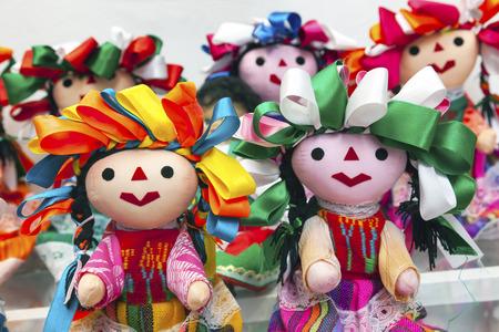 Kolorowe Lupita Lalki nazwane Guadalupe Meksyk sklep z pamiątkami