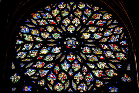 jesus christ crown of thorns: Jesus Christ With Sword Biblical and Medieval Stories Rose Window Stained Glass Saint Chapelle Paris France.  Saint King Louis 9th created Sainte Chappel in 1248 to house Christian relics, including Christs Crown of Thorns.  Stained Glass created in the  Editorial