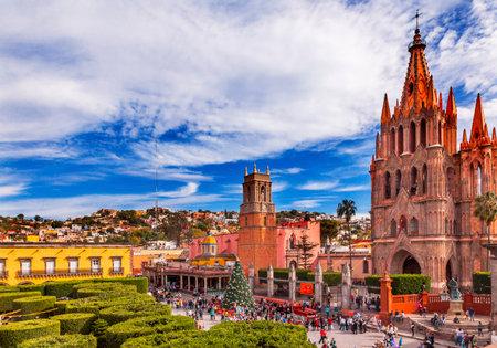 Parroquia Archangel church Jardin Town Square San Miguel de Allende, Mexico. Parroaguia created in 1600s.