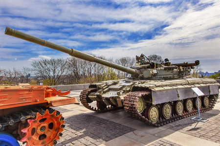 dniper: Russian Modern Tank Captured Ukrainian Troops Recent Conflict Eastern Ukraine War Monument Great Patriotic War Museum Kiev Ukraine.  Russian tank was used to show that Russia is supplying modern weapons to troops in Eastern Ukraine. Museum founded by Sovi