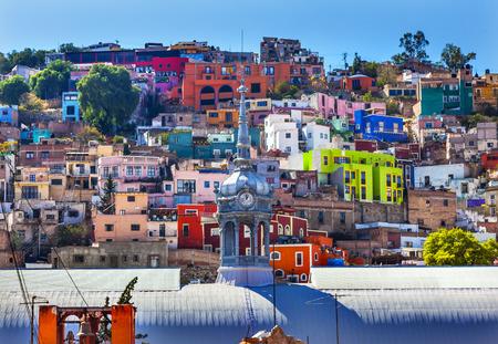case colorate: Colored Houses Iglesia de San Roque Market Mercado Hidalgo Guanajuato, Mexico