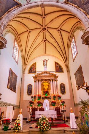 la compania: Basilica Templo De La Compania Christmas Poinsettas Guanajuato Mexico.  Built by the Jesuits between 1746 to 1765.