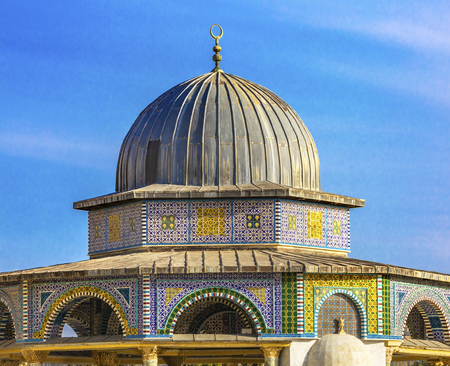 Small Shrine Dome of the Rock Islamic Mosque Temple Mount Jerusalem Israel.  Built in 691 One of most sacred spots in Islam where Prophet Mohamed ascended to heaven on an angel in his night journey.