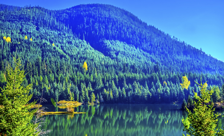 Blue Island Mountain Gold Lake Reflection Autumn Fall Snoqualme Pass Wenatchee National Forest Wilderness Washington