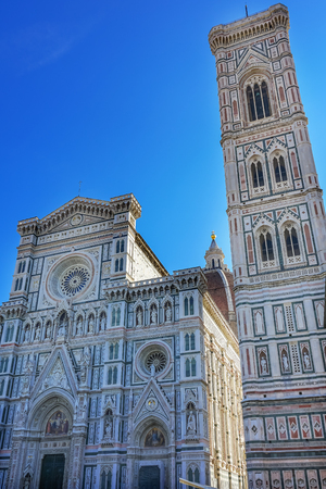 Campanile Bell Tower Duomo Cathedral Church Florence Italy.  Finished 1400s.  Formal name Cathedral di Santa Maria del Fiore. 版權商用圖片