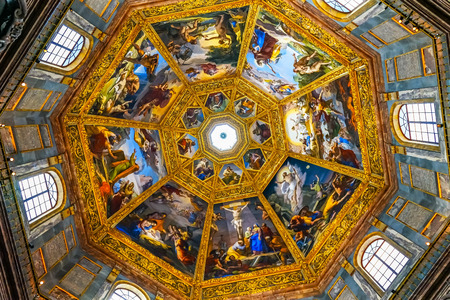 Biblical Paintings Dome San Lorenzo Medici Church Florence Tuscany Italy. Family Church  Medici Family Archivio Fotografico - 126457175