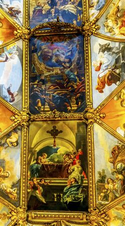 Long Ceiling Frescos Nave Basilica Saint Maria in Trevio Rome Italy, Church dedicated to Mary, next to Trevi Fountain, built in 1500s. Zdjęcie Seryjne