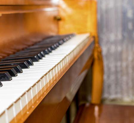 Closeup piano keys. Closeup shot of a vintage piano keys Imagens