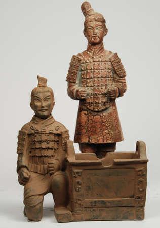 terra: 2 Oriental terra cotta statues Editorial