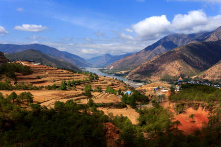 yangtze river: Yangtze river in China is the longest river in Asia