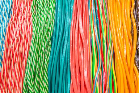 Licorices tworząc kolorowe wzory