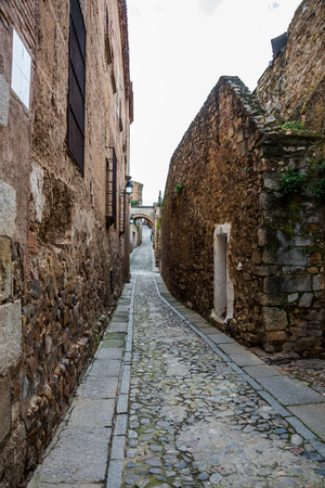 inside caceres city by day, Extremadura, Spain. Standard-Bild