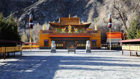 xinjiang: Temple de Baluntai, Xinjiang