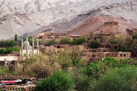 xinjiang: Paysage � Tuyugou, Xinjiang