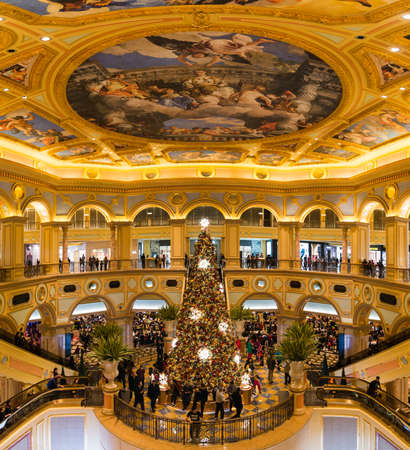 Macao, China -2017 December: Macao Venice casino, gambling and tourism become the main source of Macaos economy. 新聞圖片