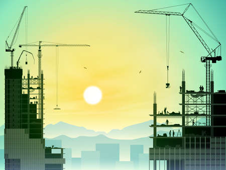 Un chantier de construction avec un bon nombre de grues à tour et de coucher du soleil, lever de soleil