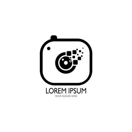Camera  . Flat illustration of lens camera shooting 向量圖像