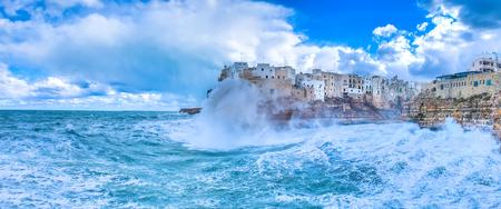 Polignano a Mare (Bari, Italy) sea storm Imagens - 73099937