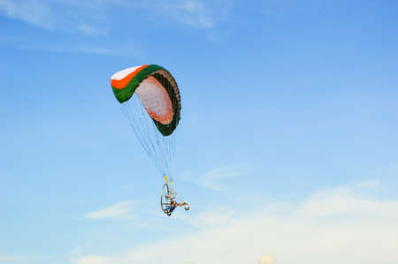 rc: rc paramotor flying 스톡 사진