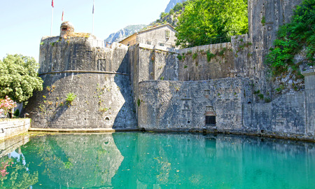 St John Fortress.  Kotor, Montenegro. A fortified town on Montenegro's Adriatic coast. A UNESCO World Heritage Site, in the Gulf of Kotor in Montenegro 新聞圖片