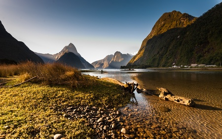 Milford Sound, New Zealand Fiordland
