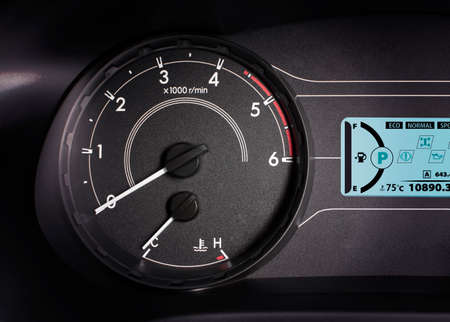 Rpm gauge,tachometer with 6000 rpm and information display. Banco de Imagens