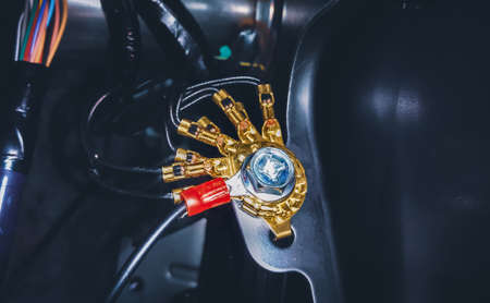 Brass grounding connector of the car electric system 版權商用圖片