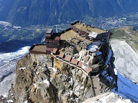viewpoints: Mountain station of the Aiguille du Midi above Chamonix high