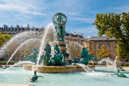 vertical garden: Fountain of the Observatory, Luxembourg Gardens, Paris  Stock Photo