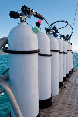 oxigen: Oxigen tanks for scuba diving