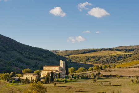 abbazia: Abbey of SantAntimo, Tuscany, Italy