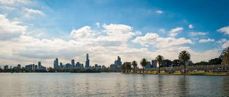 st kilda: Melbourne skyline