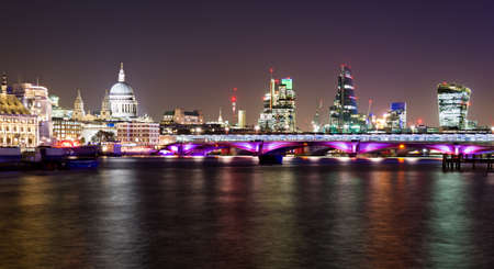 blackfriars bridge: London, night view with Blackfriars bridge and St Pauls Cathedral