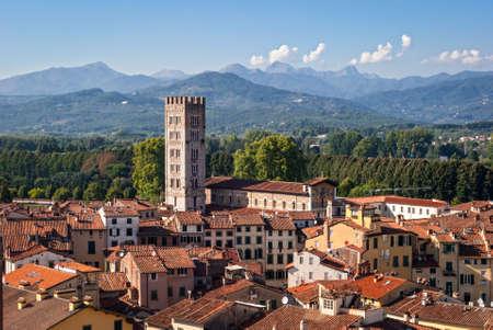 Ville de Lucques, en Italie Banque d'images