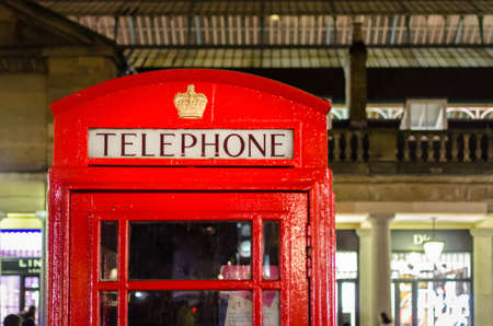 covent: London, red telephone box in Covent Garden