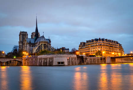 blue hour: Paris, Seine and Notre Dame (blue hour) Stock Photo