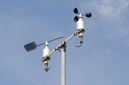 Estación meteorológica con anemómetro Foto de archivo