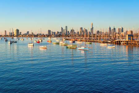 st kilda: Melbourne skyline from St Kilda at sunset (Victoria, Australia)
