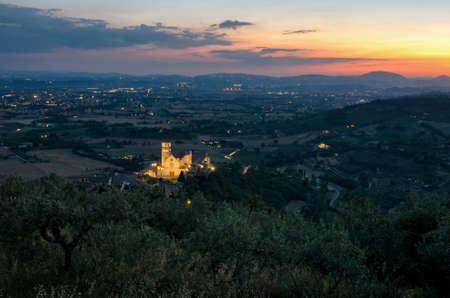 assisi: Assisi (Umbria) Basilica di San Francesco at sunset Stock Photo
