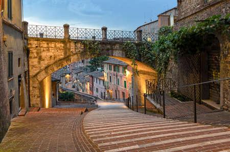 Perugia - Via dell'Acquedotto (via Acquedotto) Archivio Fotografico - 65540004