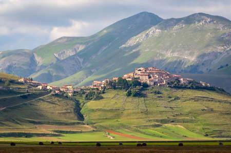 norcia: Castelluccio di Norcia before the terrific 2016 earthquake Stock Photo