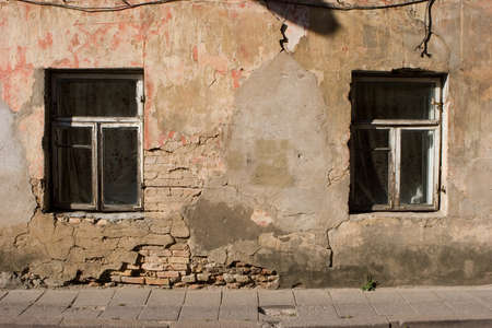 without windows: Windows without shutters in Vilnius old town