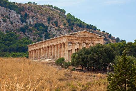 doric: Doric temple of Segesta in Sicily, Italy Stock Photo