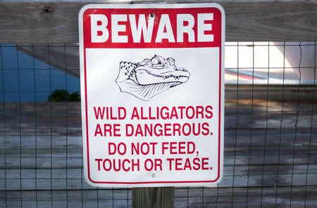 Pas op voor alligators teken.