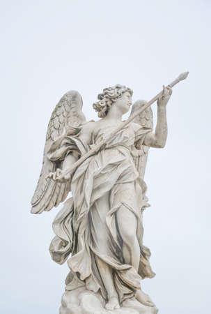 Bernini statua dell'angelo a Roma, famosa località turistica in Italia. Archivio Fotografico