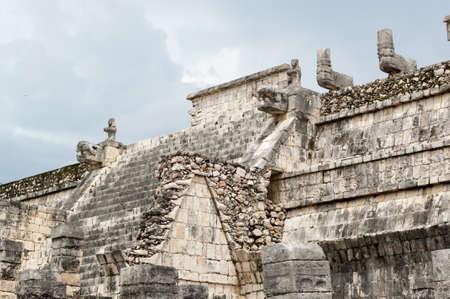 Las ruinas mayas de Chichén Itzá - Península de Yucatán, México Foto de archivo - 20305739