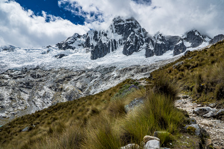 Huaraz Santa Cruz Treking in Peru Mountains
