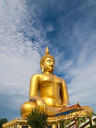 angthong: The biggest buddha statue at Wat Muang,Thailand