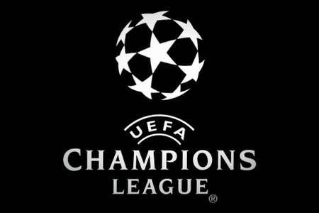 Bucarest, Rumania - 04 de octubre de 2011: Captura de primer plano de un anuncio luminoso para la Liga de Campeones. La Liga de Campeones de la UEFA es una competición de fútbol club internacional anual organizada por la Unión de Europa fútbol asociaciones (UEFA) desde 1955 f